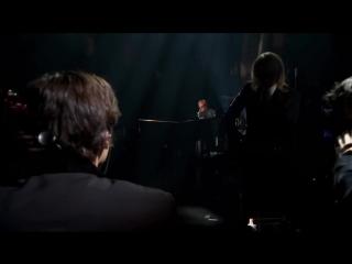 Elton John - Mona Lisas And Mad Hatters (The Million Dollar Piano 2012) HD