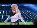 "Fiordaliso в образе Donatella Rettore - ""Kobra"" (Tale e Quale Show, 2013)"
