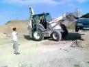 Луд български тракторист в Кипър