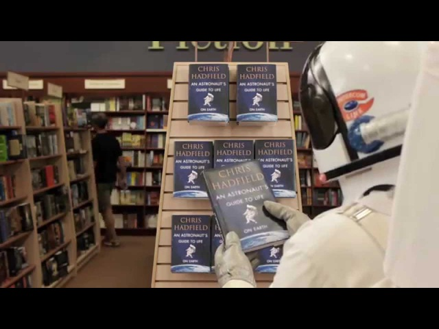 О книге: Руководство астронавта по жизни на Земле. Чему научили меня 4000 часов на орбите