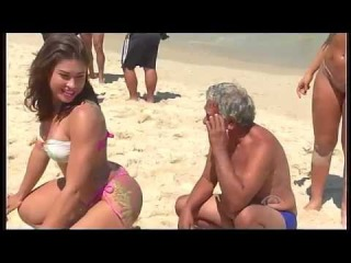 Gari Gata e Mendigata - Duas cuzudas na praia - Panico na Band