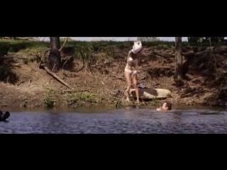 Ферма Чарли: купаются голышом, сексуальная девушка в нижнем белье, голые знаменитости.