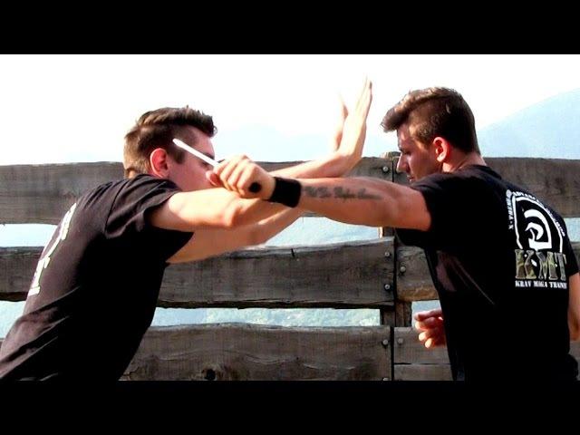 KRAV MAGA TRAINING The 360 Defense against a KNIFE