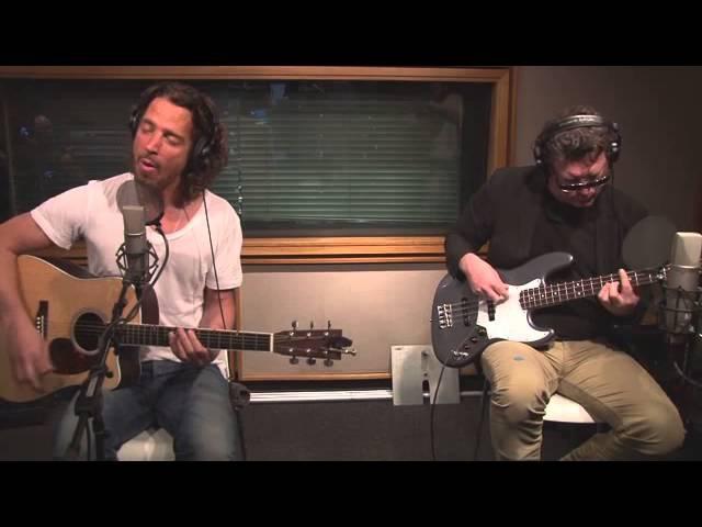 Soundgarden Fell on Black Days Live on Kevin Bean