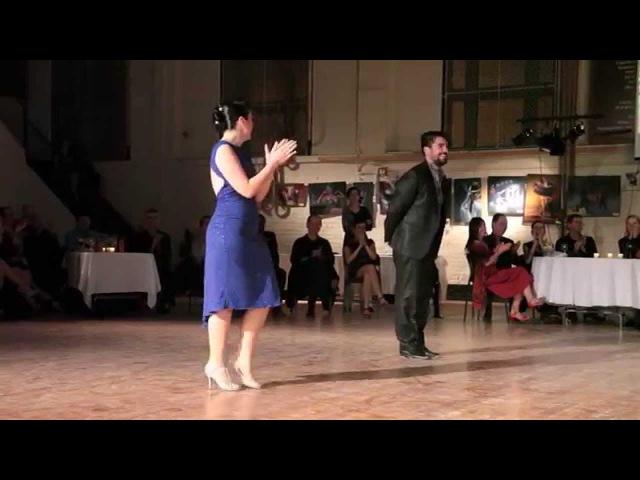 Fernando Sanchez et Ariadna Naveira, Lejos de Ti (valse tango) 3de4