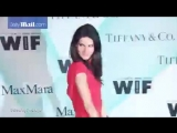 Angie Harmon wows in colorful dress at