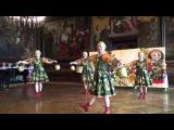 Русский танец с коромыслами - исп. танцевальный коллектив
