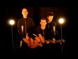Under Pressure Queen  3 People on 1 Acoustic Guitar
