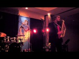 Knockin' Down The Walls - Warren Hill (Smooth Jazz Family)