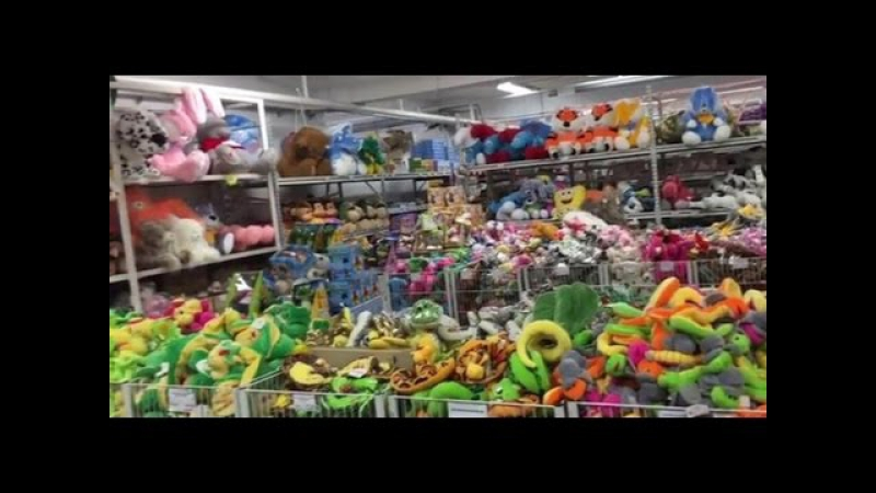 ВЛОГ Гипермаркет игрушек Покупаем спайдермена Hypermarket toys Buy Spiderman