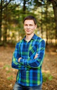 Сергей Ставцев