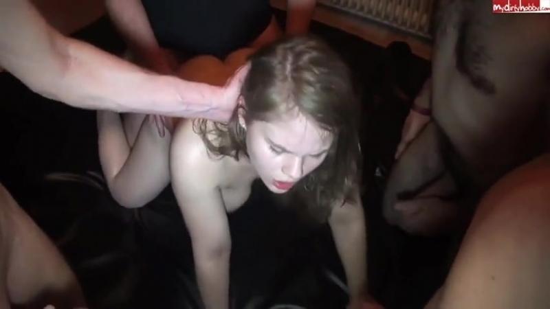 Порно лауру по кругу