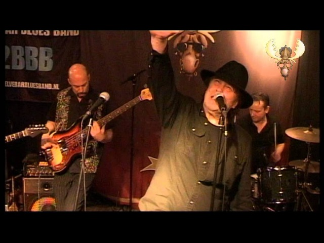 The Twelve Bar Bluesband - Life is Hard (when you play the blues) - live at bluesmoose Café