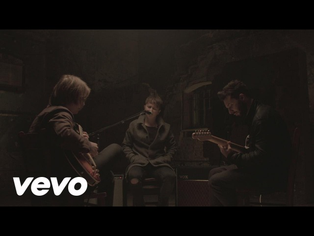 Nothing But Thieves - Lover, Please Stay