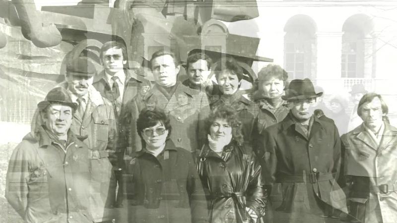 «ВСТРЕЧА ВЫПУСКНИКОВ ЛВПШ 1982-1986 гг.» под музыку Сергей Дубровин - Мои любимые друзья.
