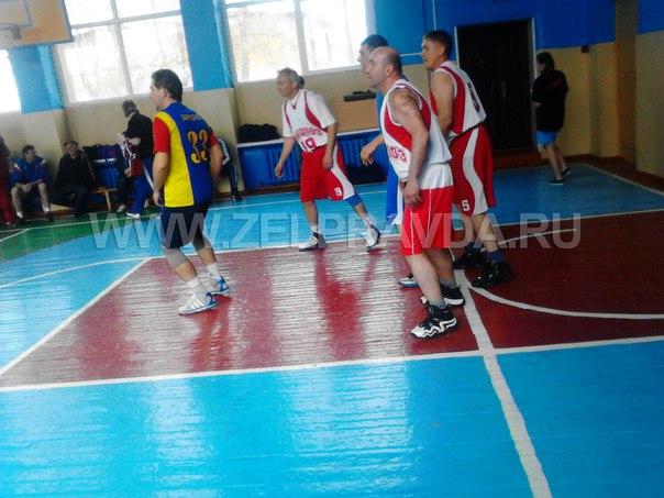 В станице Зеленчукской прошел турнир по баскетболу среди ветеранов