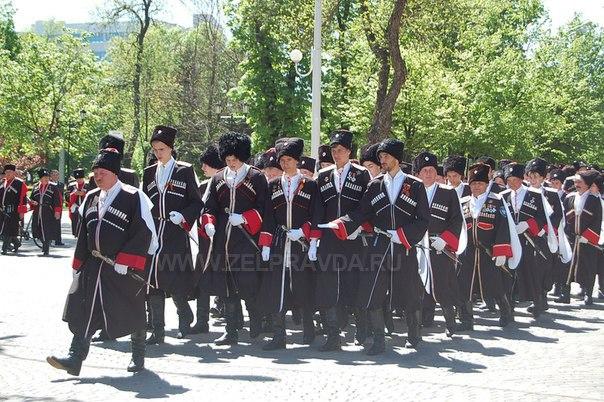 Казаки из Зеленчукского района приняли участие в параде в г.Краснодаре
