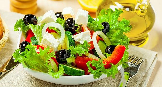 Общие советы по приготовлению салатов.