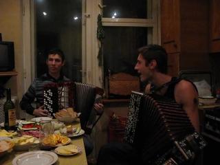 Алексей Симонов, Рязанский гармонист из 10 ки лучших в России   я милого узнаю по походке, Гарик Сукачев