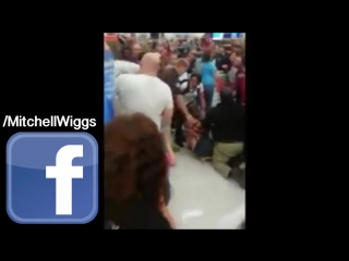 Черная пятница 2015 /Black Friday 2015 Fights, Brawls, Attacks, Theft, And Stampedes! vk.com/vide_video