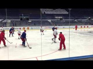 Знарок играл в хоккей и ударил Мозякина. ЧМ2015
