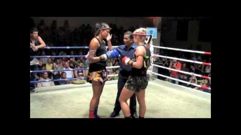 Aurore KO'S Jade (Australia) in the first round @ Patong Boxing stadium