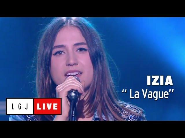 Izia La Vague Live du Grand Journal