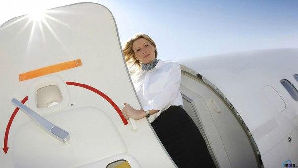 S8OTQbuIDww - Зачем открывать шторки на иллюминаторах при взлете (и другие правила поведения в самолете)