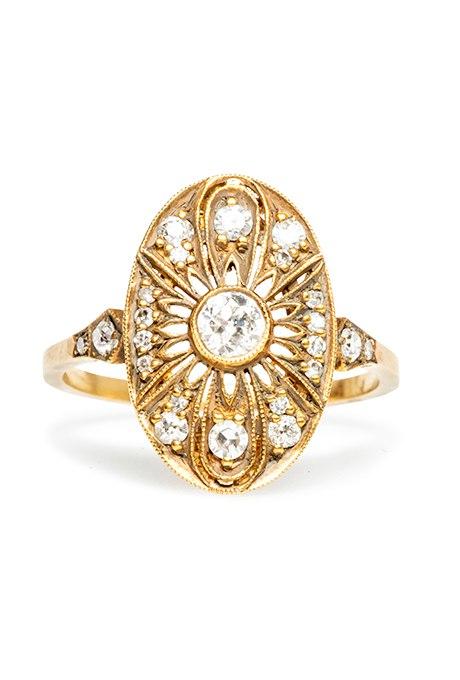KsvVV4SrGHc - Обручальные кольца в стиле «Vintage-Inspired»