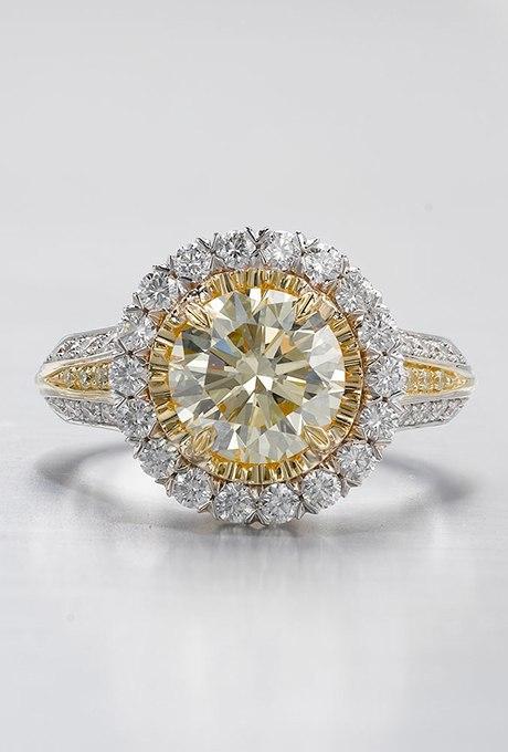 JtMBEtqCrSw - 30 ослепительных брачных колец с желтыми бриллиантами