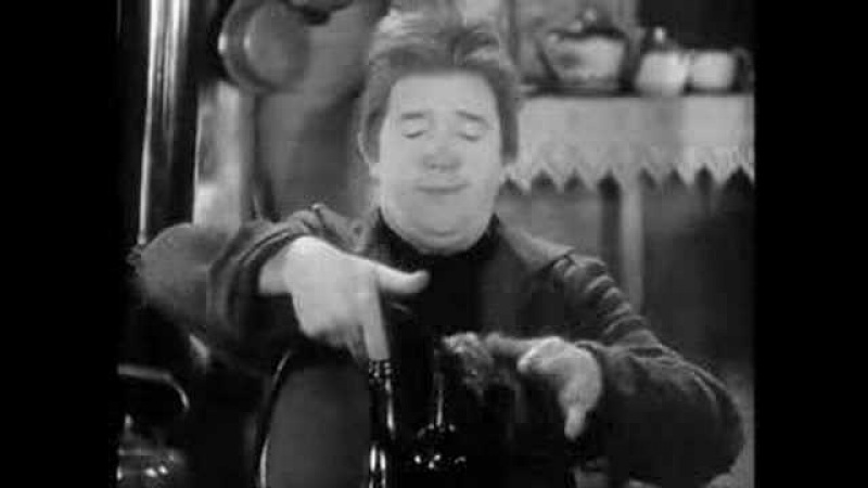 Stan Laurel and the wine