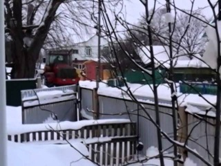 К-744 чистит снег 1