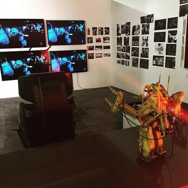 Нил Бломкэмп продемонстрировал «Комнату Чужого».
