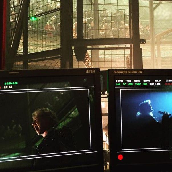 Брайан Сингер продолжает демонстрировать кадры с площадки  Икс: Апокалипсис»: