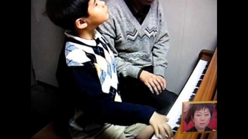 Nobuyuki Ttsuji 11 years Old Piano Lesson