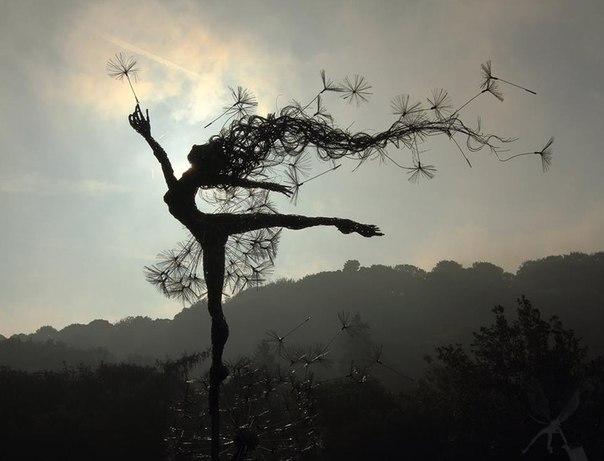 Потрясающие скульптуры из проволоки Робина Уайта