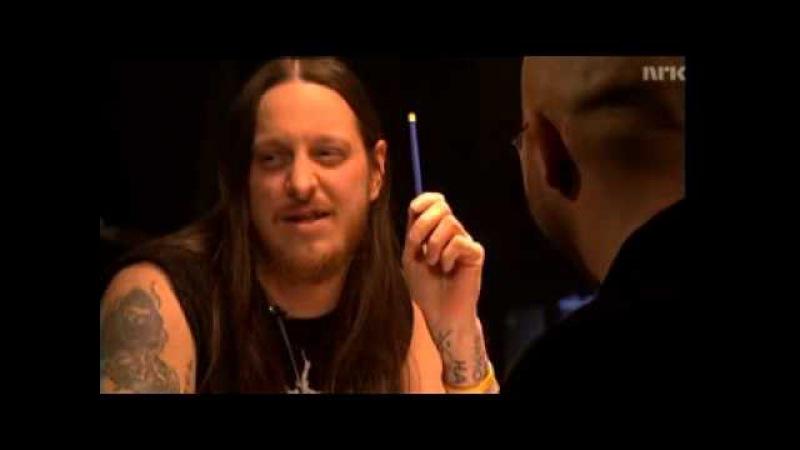 Fenriz sings on Talk show.