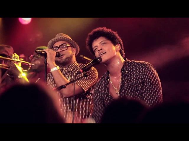 Bruno Mars - Runaway Baby [Live in Paris]