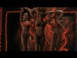 Сальма Хайек (Salma Hayek) голая в фильме «От заката до рассвета» (1995)