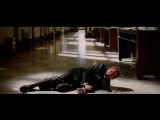 """темный рыцарь . 2008 . отрывок : """"джокер :  я верю в то - что тебя не убивает , делает тебя страннее )))"""""""
