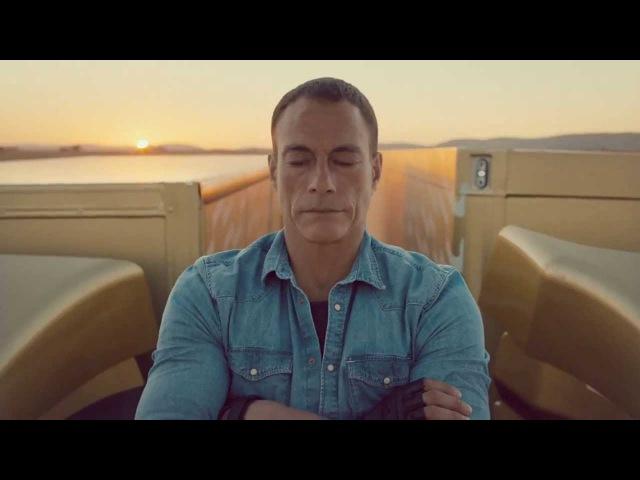 Смертельный трюк Жан-Клод Ван Дамма для рекламы Volvo cvthntkmysq nh.r fy-rkjl dfy lfvvf lkz htrkfvs volvo