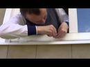 Установка крепежа противомоскитной сетки