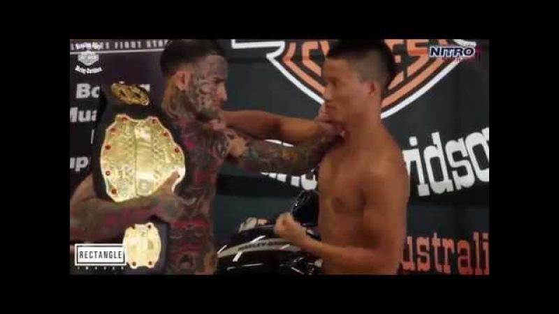 Tatuado se hizo el malo y coreano le dio una paliza en 20 segundos