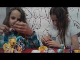 Открываем сюрпризы с сестрой (Kinder Surprise и Oreo) Киндер из серии MLP [M.K.A.C] часть 1