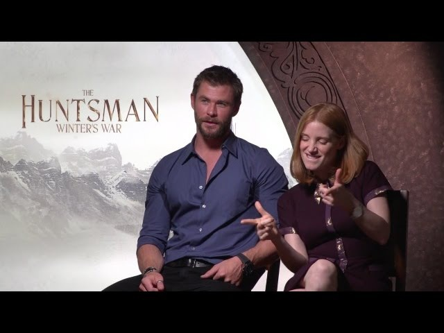 Ryan Hangs Out With Chris Hemsworth Gave Thor Puns