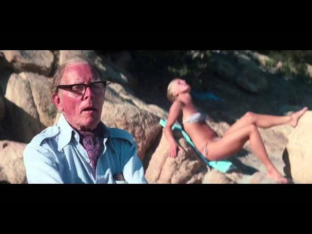 James Bond Drives his beautiful Lotus Esprit Submarine Onto beach