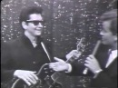 OH, PRETTY WOMAN - Roy Orbison on American Bandstand 1966