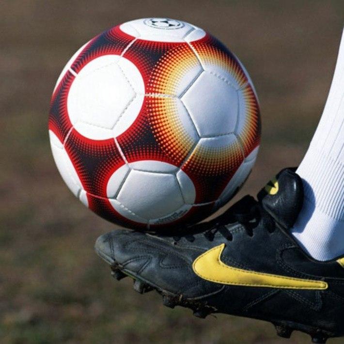 «Катрапс» – победитель первого круга Чемпионата Орла по миди-футболу