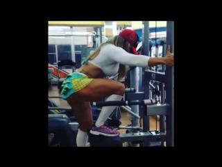 DANIELE OAZEN - IFBB Womens Phisyque_ Lean Mass Muscle-Building Workout | Brazilian Girls vk.com/braziliangirls