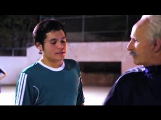 Звезда Street Football переоделся в старика